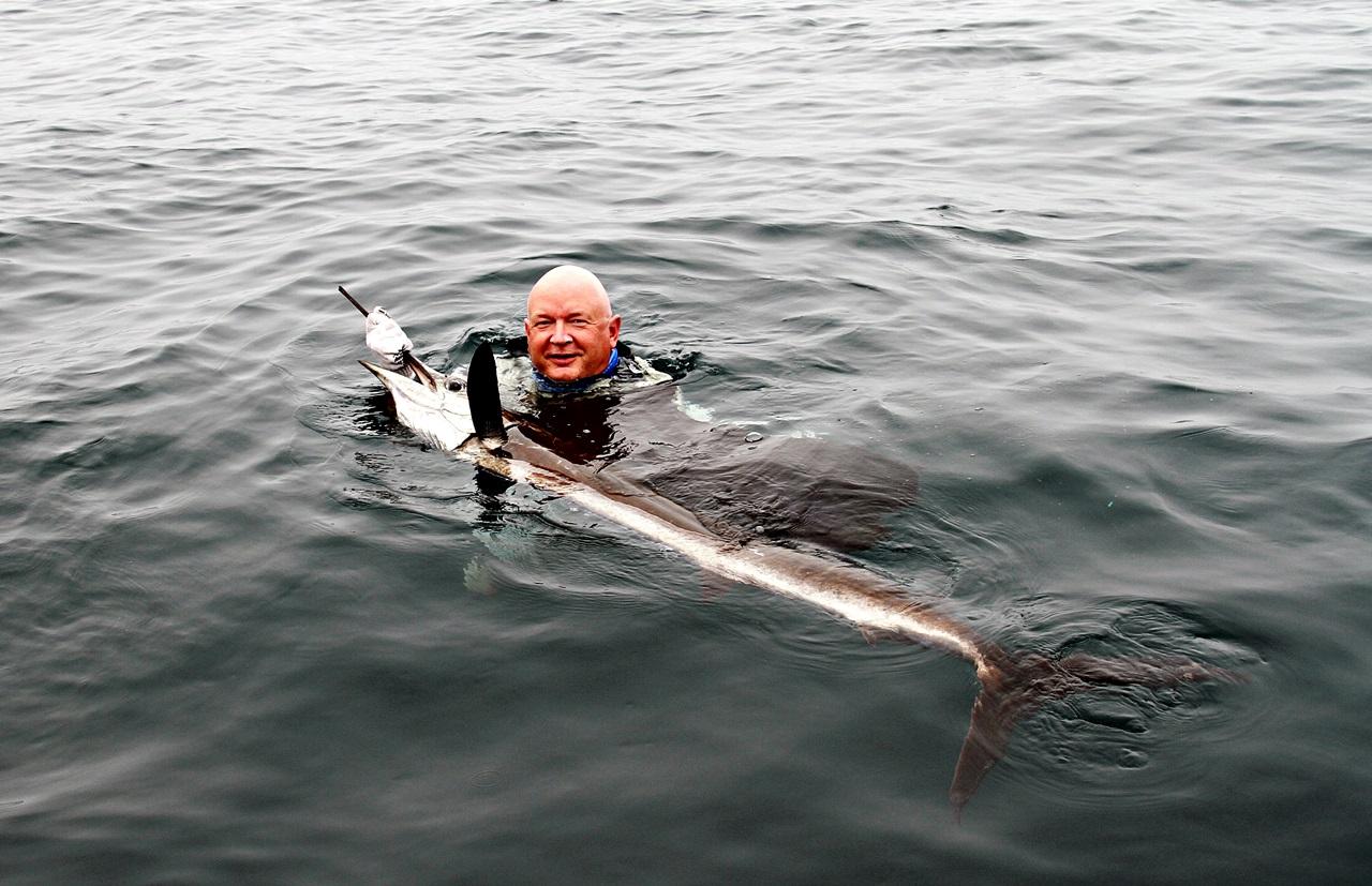 En release i vannet fra Geir