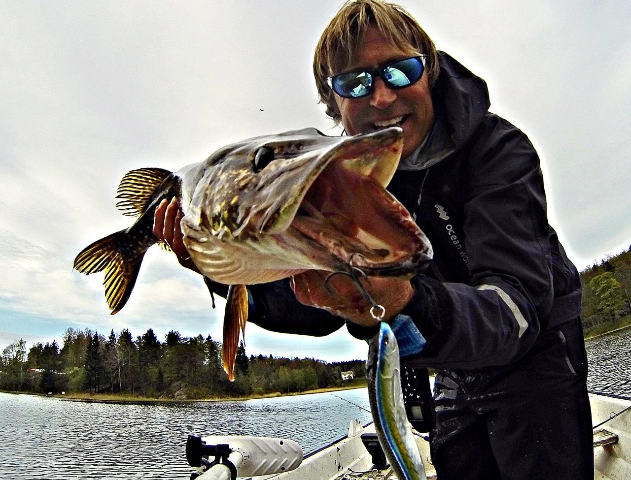 frontmontert el motor er også perfekt for ferskvannsfiske