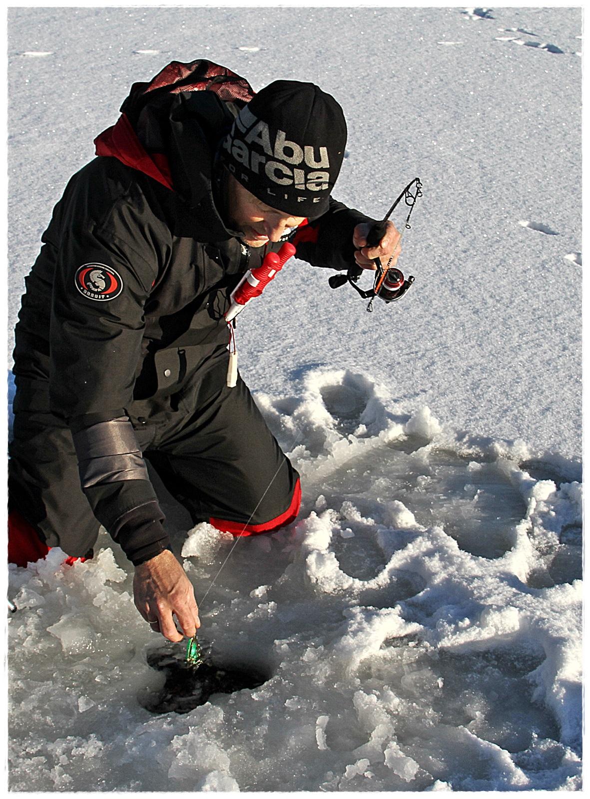 generelt er et lite haspel utstyr lettere å håndtere på isen