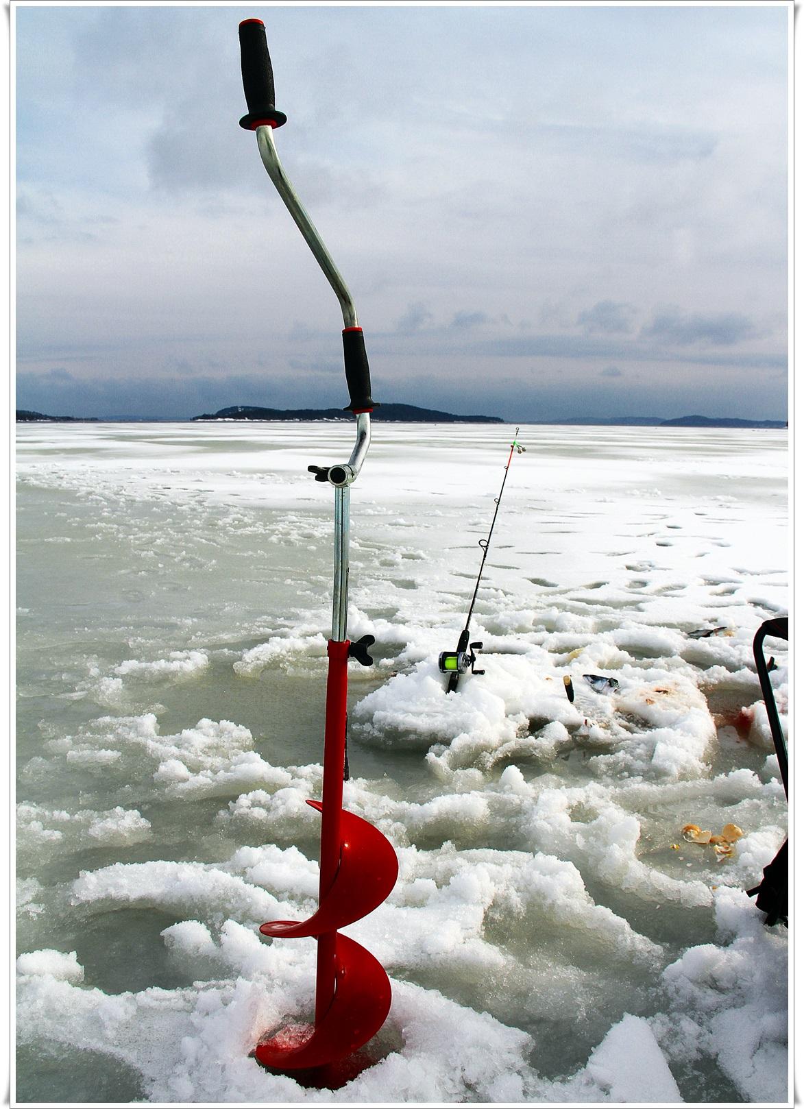 Isen var grei, men det skal nok ikke mange dager med mildvær og vindt før det røyner på