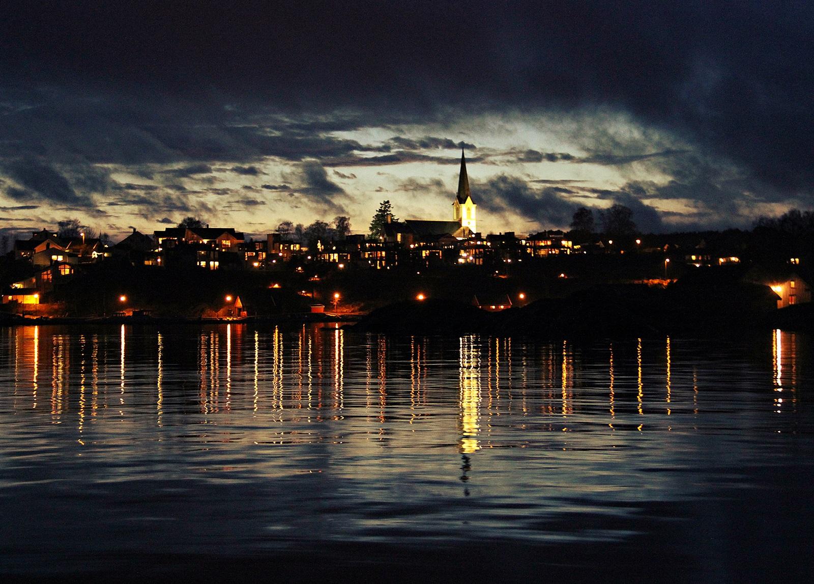 litt nattfiske blir det jo alltids tid til så lenge været er stille