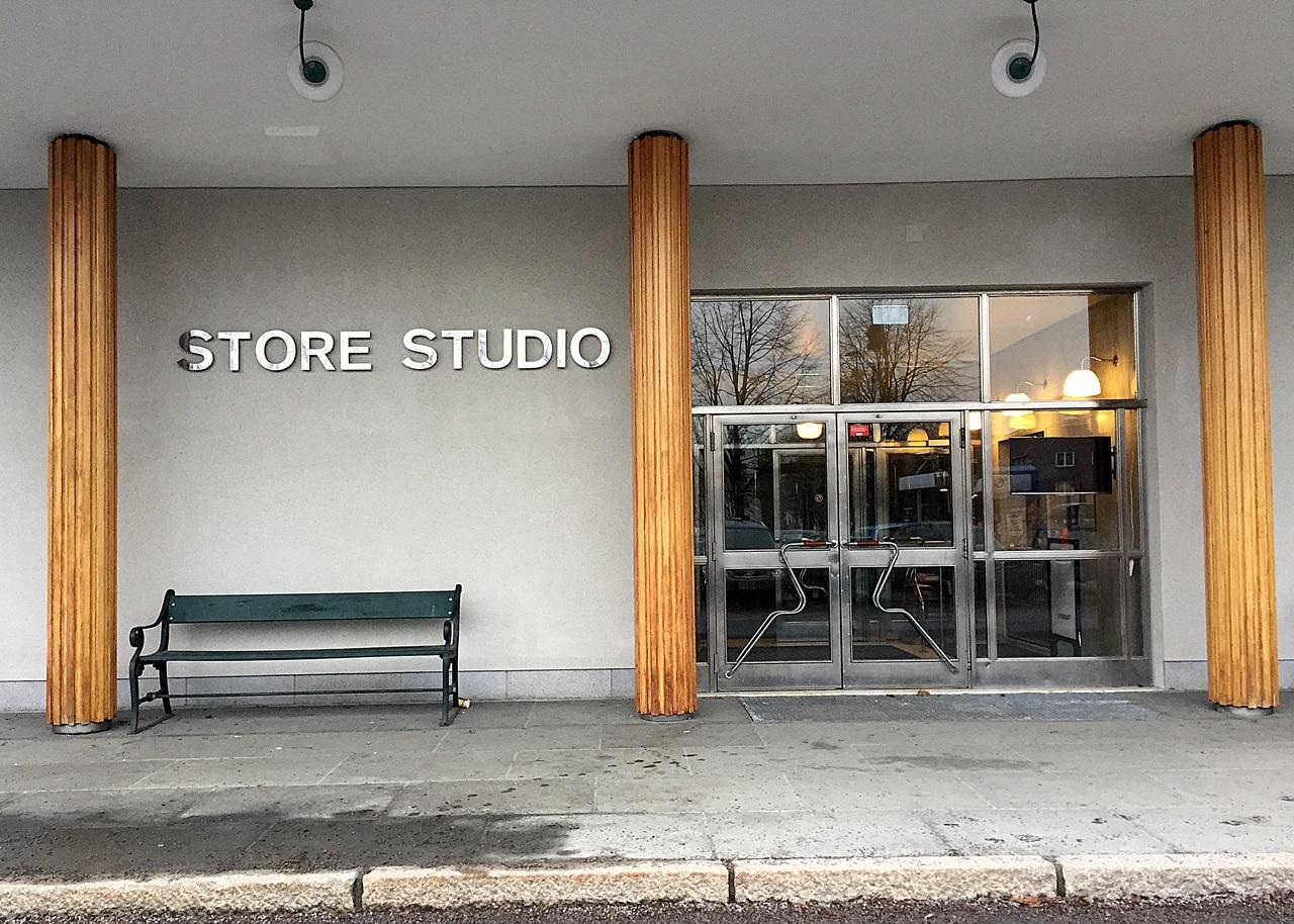 publikumsinngang store studio