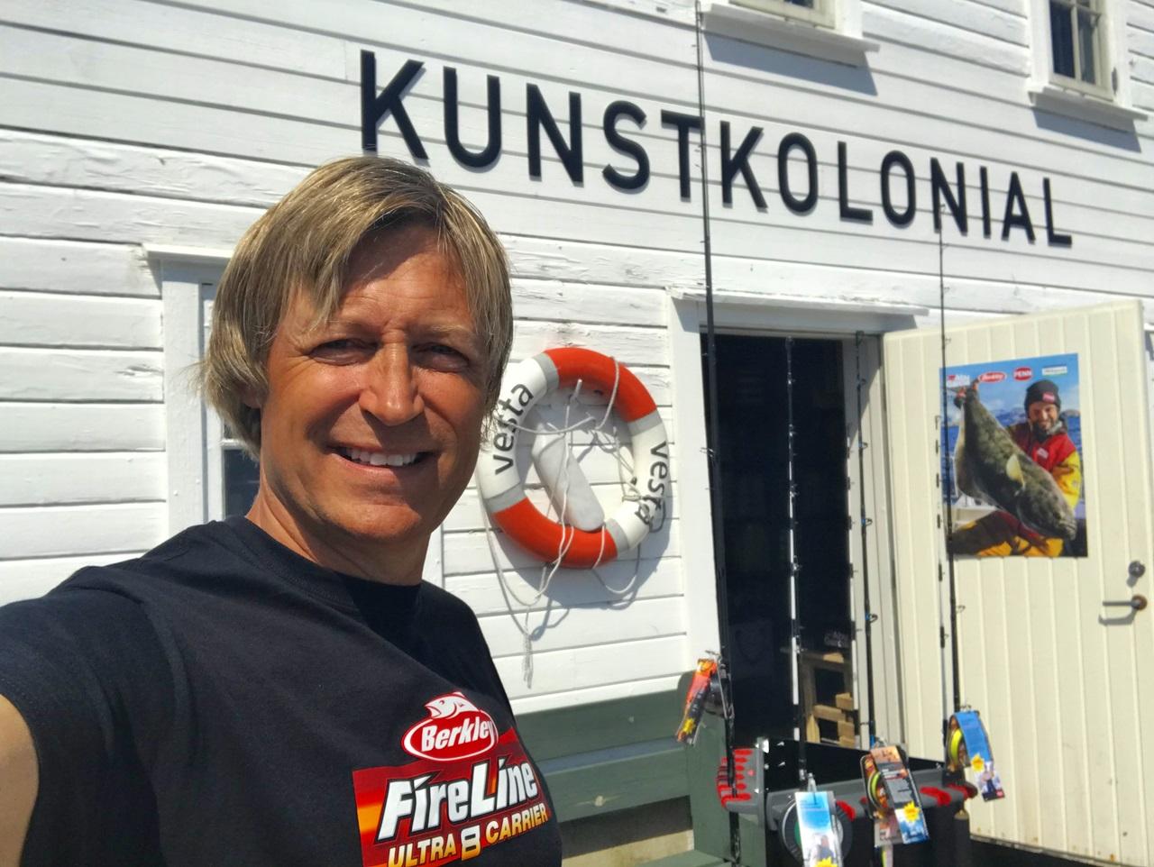her kan du kjøpe fiskeutstyr i Lillesand til sommeren
