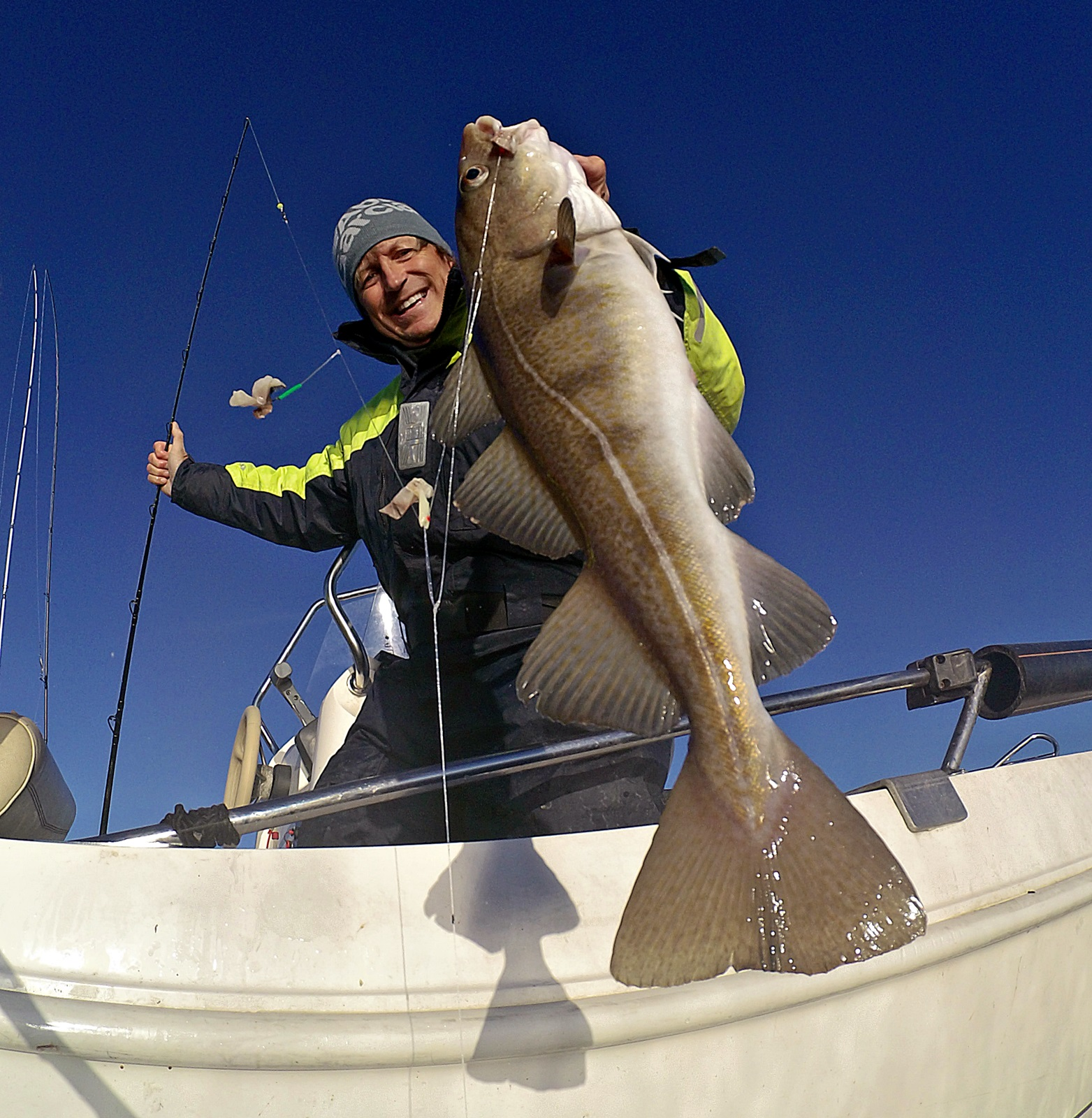 En flott vintertorsk tatt under gårsdagens fiske